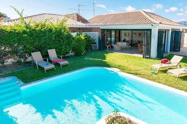 GC 150098-1 Terrasse, Garten und Pool