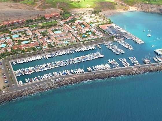 Luftbild Hafen und Ort Pasito Blanco