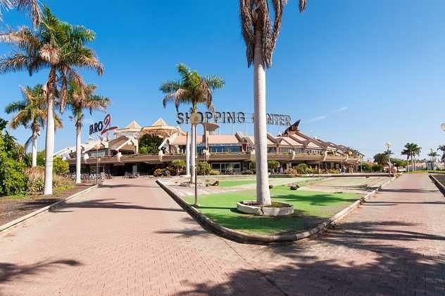 Einkaufszentrum Faro 2