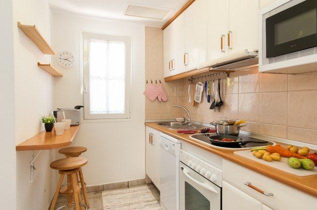 GC 164835-16 Küche mit Geschirrspüler