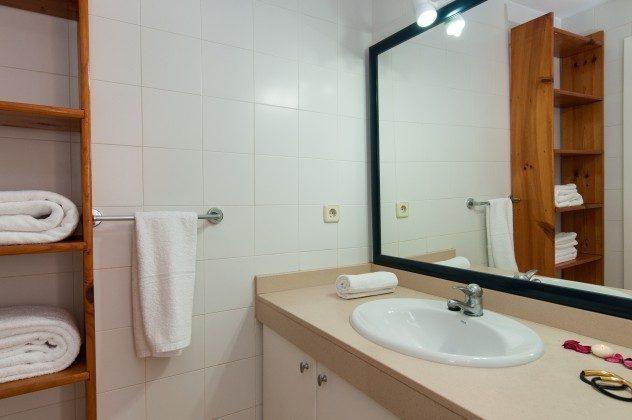 GC 164835-20 Badezimmer oben