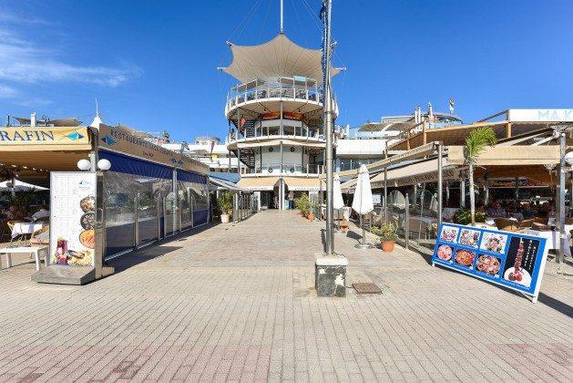 GC 164835-21 kleines Einkaufszentrum direkt am Strand