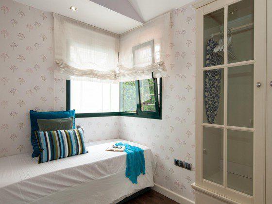GC 164835-29 weiteres Schlafzimmer mit ein bis zwei Betten (Ausziehbett)
