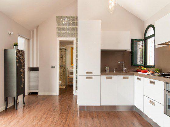 GC 164835-29 Küche gut ausgestattet