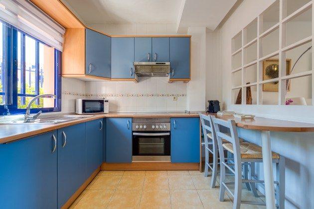 GC 44524-3 Küche mit kleinem Essplatz