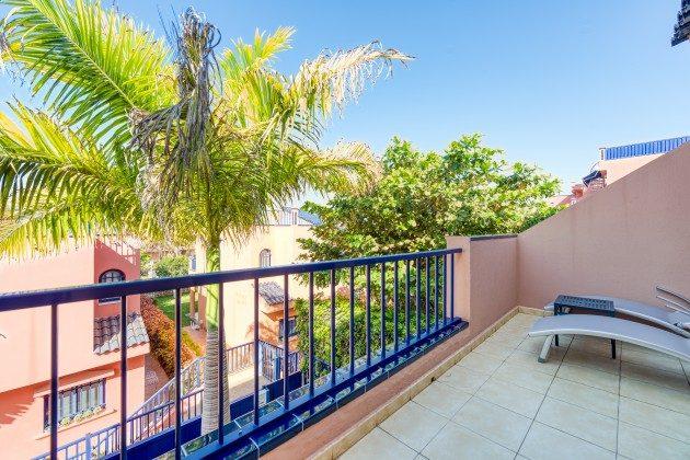 GC 44524-3 Ausblick vom Balkon im Obergeschoss