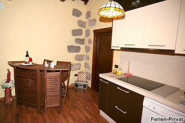 kleine Theke/Bar neben der Küchenzeile