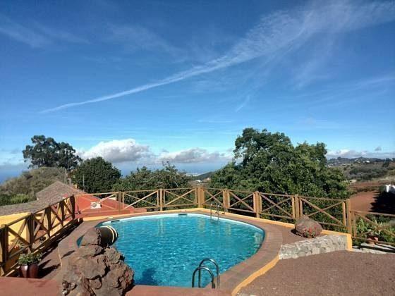 Pool und Ausblick