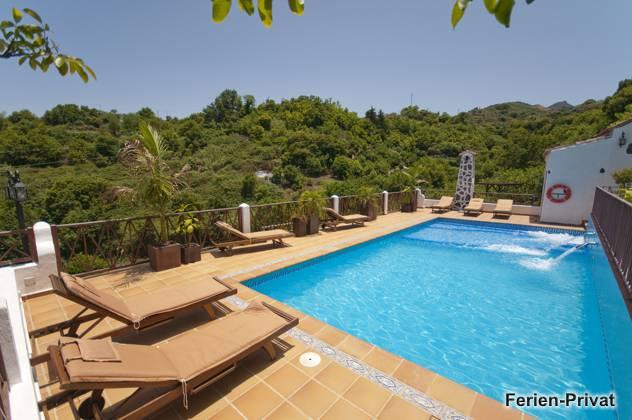 Kanarische Finca mit Pool und Whirlpool