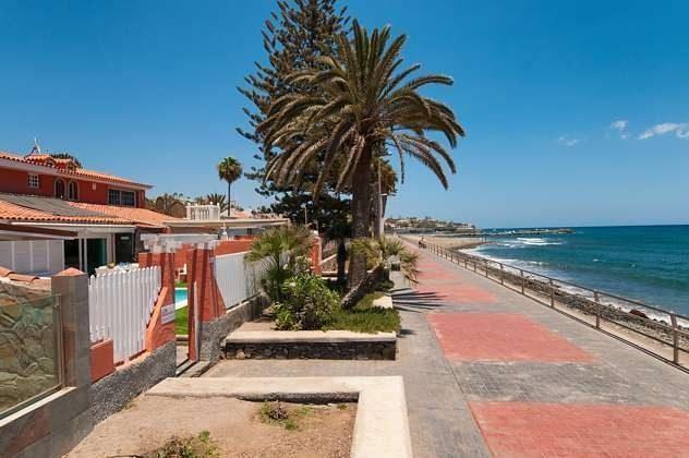 Promenade am Meer