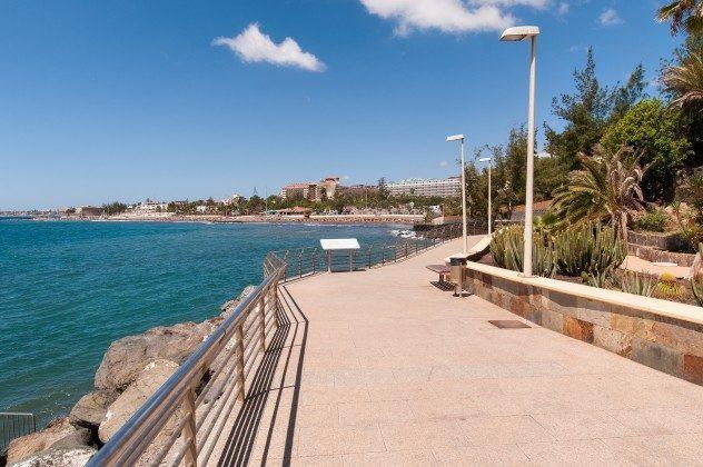 164835-18 Promenade entlang der Küste