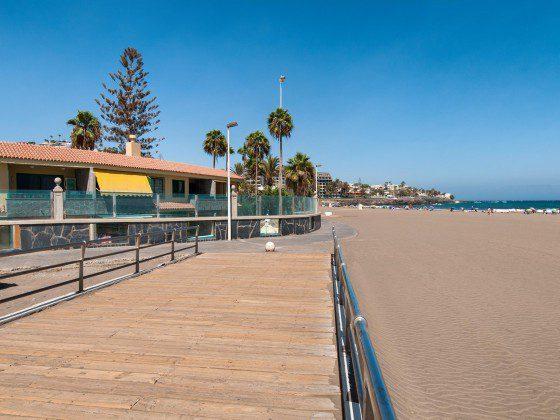 GC 164835-24 Promenade und Strand von Las Burras direkt vor der Anlage