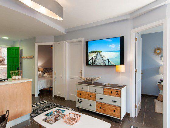 GC 164835-24 Wohnbereich mit SAT-TV