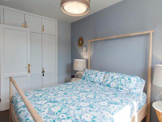 GC 164835-24 Schlafzimmer mit Doppelbett