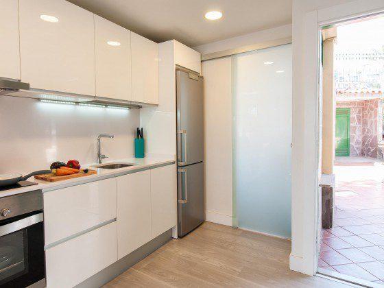 GC 164835-25 Küche gut ausgestattet mit Kühl-/Gefrierkombination
