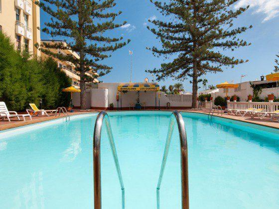 Spanien Kanarische Inseln Gran Canaria Ferienbungalow in Anlage mit Pool