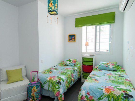 GC 164835-26 Schlafzimmer mit Einzelbetten