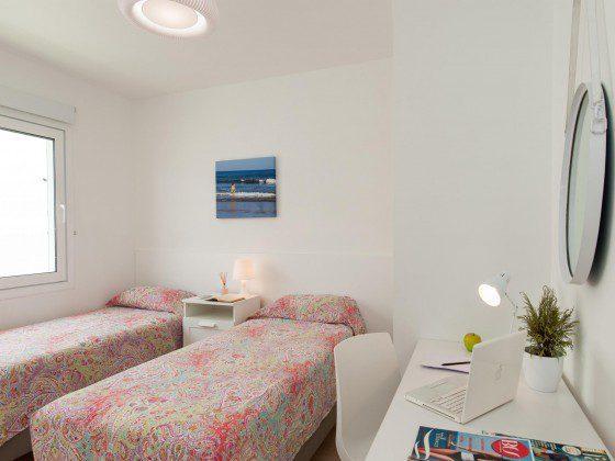GC 164835-27 Schlafzimmer mit Einzelbetten