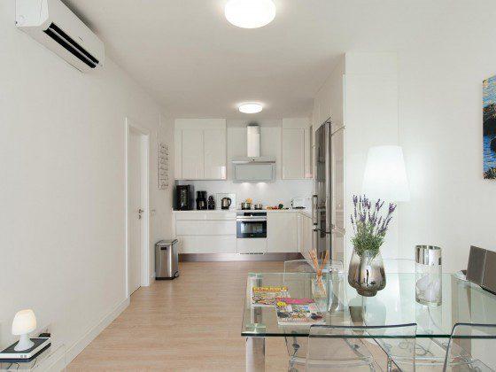 GC 164835-27 Wohnbereich hell und freundlich eingerichtet