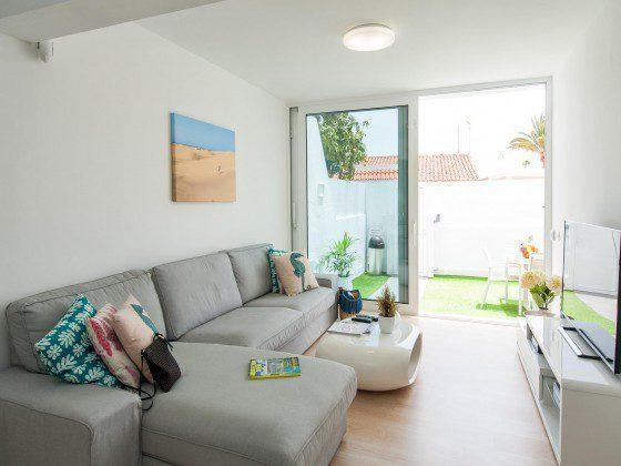GC 164835-27 Zugang vom Wohnbereich auf die Terrasse