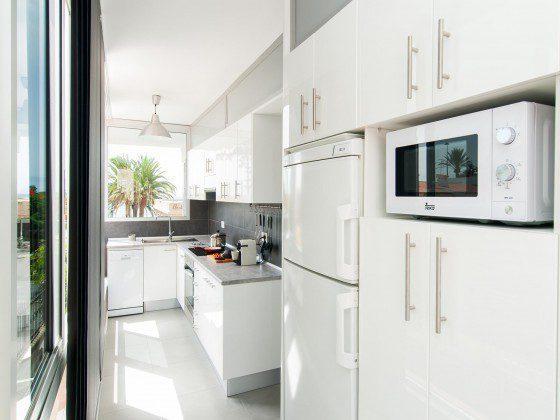 GC 164835-31 gut ausgestattete Küche