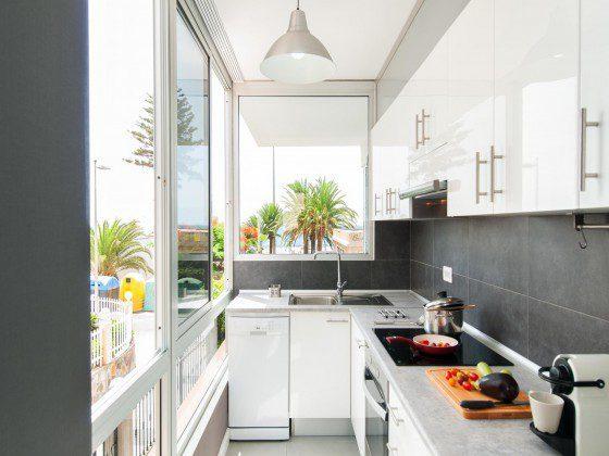 GC 164835-31 schöne Küche mit Ausblick