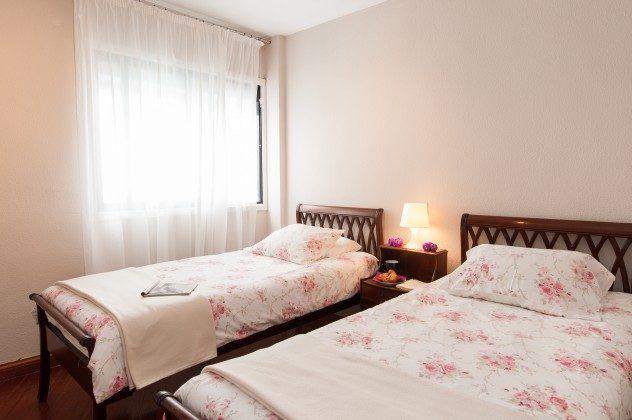 GC 164835-22 Schlafzimmer mit Einzelbetten