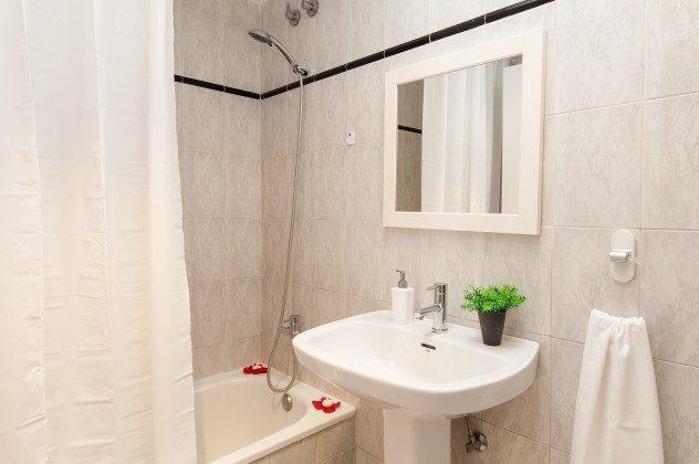 GC 164835-22 weiteres Badezimmer