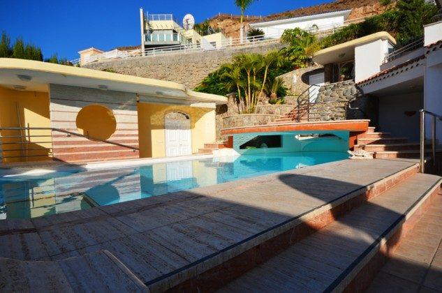 GC 172758-7 Terrasse und Pool