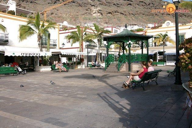 Platz am Hafen von Puerto de Mogan