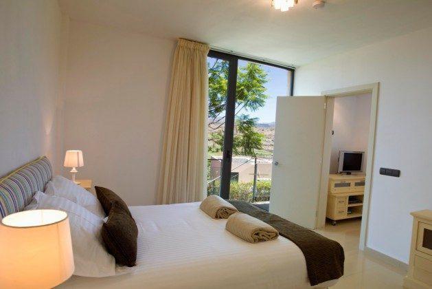 GC 164835-15 Schlafzimmer im Untergeschoss mit Bad en-suite