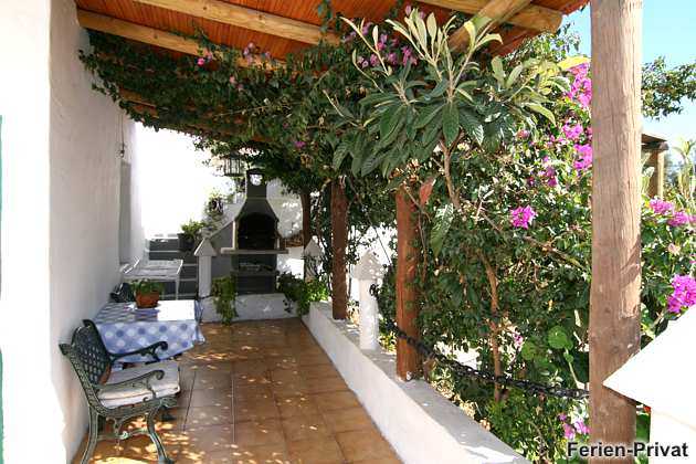 Wohnbeispiel überdachte Terrasse