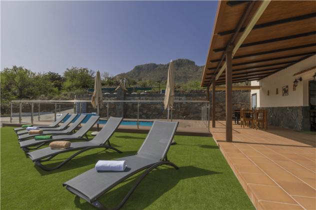 GC 2584-94 Ferienhaus mit Terrasse und Gemeinschaftspool