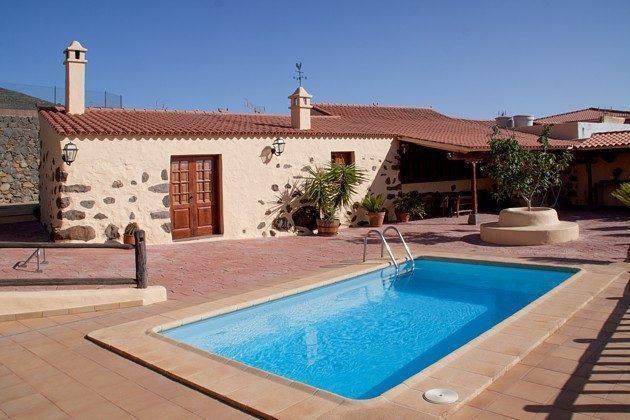 Spanien Kanaren Insel Gran Canaria Ferienhaus mit Pool