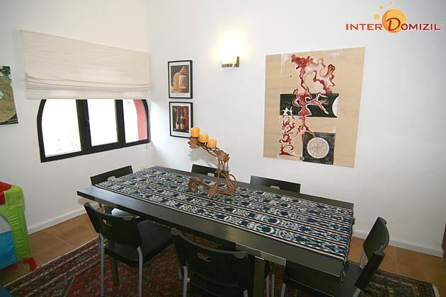 Esstisch im Wohnbereich Haus B