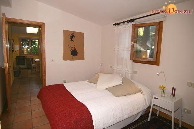 Schlafzimmer mit Doppelbett Haus A