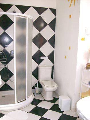 Wohnbeispiel Badezimmer mit Dusche