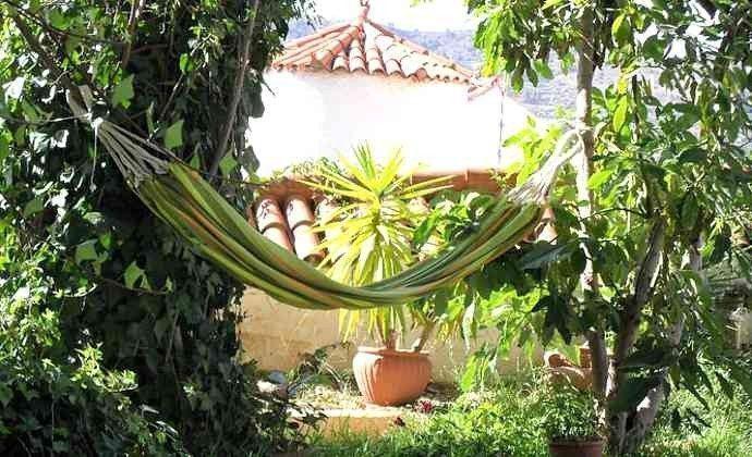 Garten mit Plätzen zum Entspannen