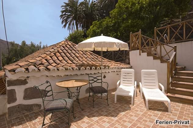 Ferienhaus mit Pool und Sonnenterrasse