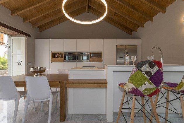 GC 2584-88 moderne Küche