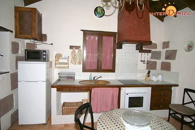 Küchenzeile und Essplatz Haus 2
