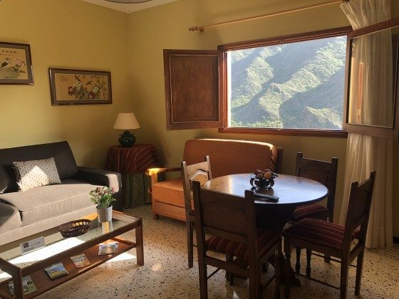 GC 24052-3 Panoramablick aus dem Wohnzimmer