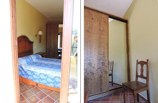 Blick vom Balkon ins Schlafzimmer, Schlafzimmer mit Schrank