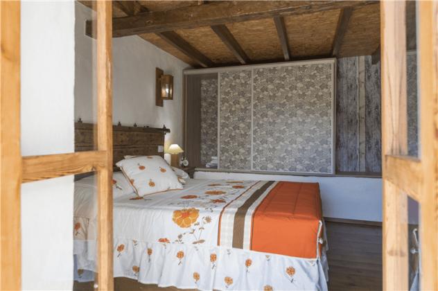GC 2584-93 Zugang zum Schlafzimmer auch von außen