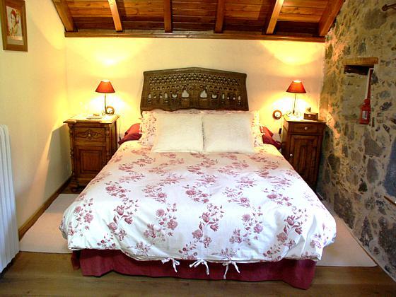 GC 27219-1 Schlafzimmer mit Doppelbett