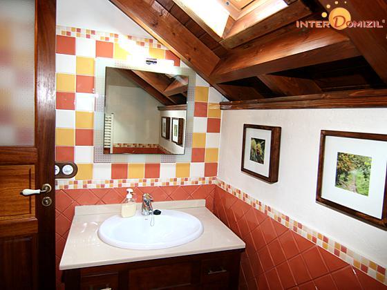 GC 27219-1 Badezimmer oben