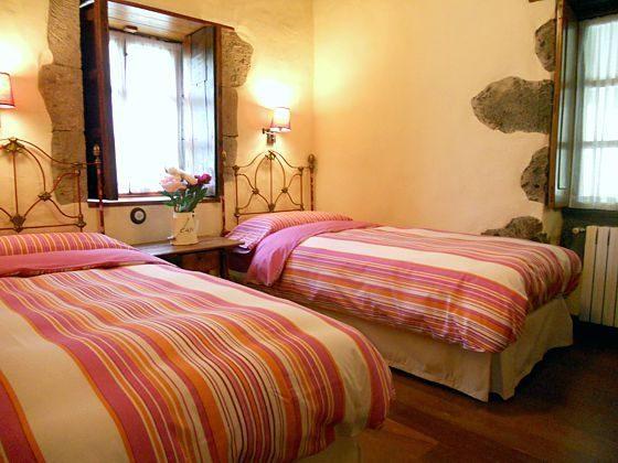 Landhaus GC 27219-2 Schlafzimmer mit Einzelbetten