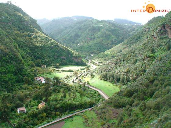 """Barranco de la Virgen"" mit Haus Landhaus GC 27219-2 unten links"