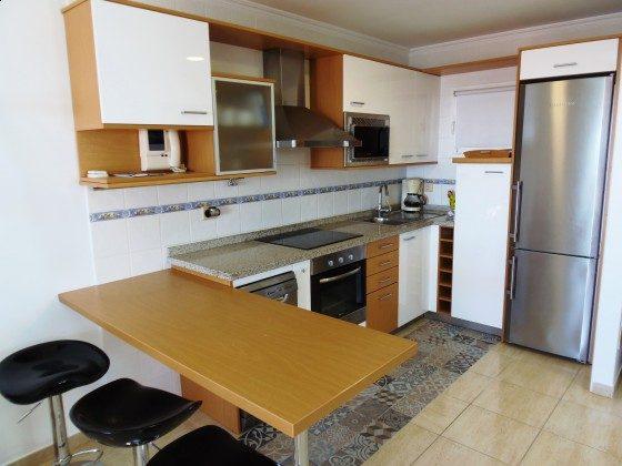 GC 51271-13 gut ausgestattete Küchenzeile mit Geschirrspüler