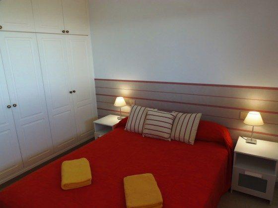 GC 51271-13 Schlafzimmer mit Doppelbett